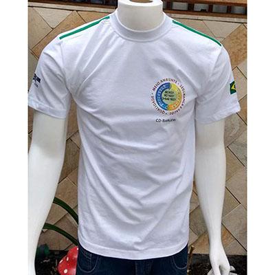 galeon-brindes-e-embalagens-promocionais - Camiseta masculina com gola careca e detalhe.
