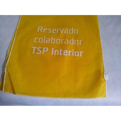 galeon-brindes-e-embalagens-promocionais - Capa de cadeira em TNT amarelo