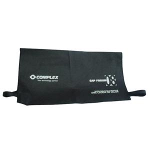 galeon-brindes-e-embalagens-promocionais - Encosto de cadeira personalizado em TNT preto - Medidas: 46 x 25 cm.