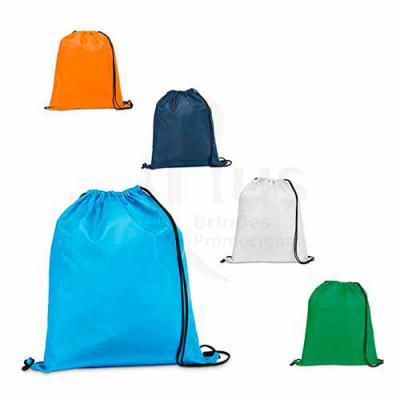 Plus Brindes - Saco mochila personalizado, feito em Nylon 210D. Sacola personalizada com muitas opções de cores. Medidas: 350 x 410 mm.