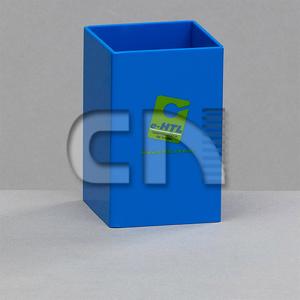 CN Acrilycs - Porta caneta personalizado em poliestireno azul. Sua marca presente no dia a dia dos clientes.