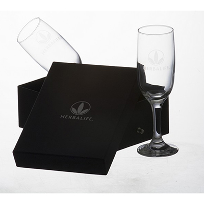 Dumont ABC Porcelanas Personalizadas - Kit com 2 taças de champanhe e embalagem forrada.