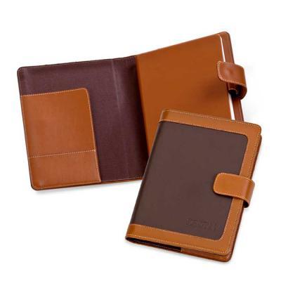 Secoli Brindes - Agenda com miolo, brochura encapada e porta caneta. Estilo e conforto fornecidos por sua marca!