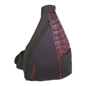 Crazy Ideas - Mochila transversal personalizada em ecoprene, bolso frontal chapado com zíper, alça de ombro superior com porta celular - Medidas: 36 x 44 x 14 cm.
