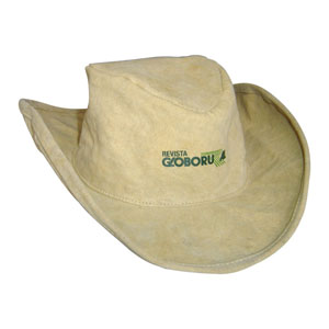 Ecofábrica - Chapéu personalizado em lona (reaproveitada de cargas de caminhão) modelo country - Com regulador e acabamento interno com carneira de algodão.