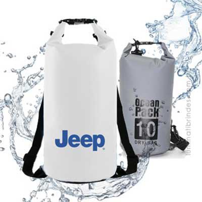 Luminati Brindes - Bolsa à prova de água que mantém os seus pertences secos e limpos.  Esta bolsa personalizada possui costura soldada resistente, material leve, sistema...