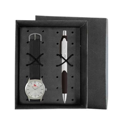 lamarca-brindes - Kit contém: Relógio de pulso SDF, mostrador soley com 01 cor de gravação, pulseira sintética, certificado de garantia e caneta plastica LA981104 com 0...