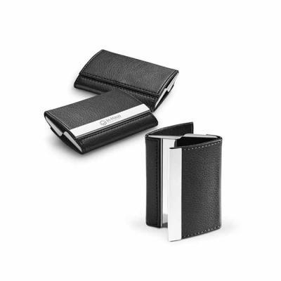 Redosul Brindes - Porta cartão em metal e couro sintético. Possui dois compartimentos, e fechamentos através de imã.
