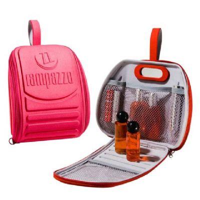 rampazzo-brindes-especiais - Nécessaire mini mochila moldada em e.v.a com fechamento em zíper, bolso em tela, espelho e gravação em alto relevo.