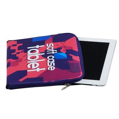 Rampazzo Brindes Especiais - Porta tablet confeccionado em material extremamente macio e suave ao toque; com fechamento feito por zíper a fim de facilitar o manuseio durante uso....