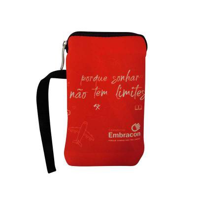 Brinde & Leve - O porta celular com zíper personalizado é um produto muito atraente para todos os públicos, seu design elegante e muito útil chamando bastante a atenç...